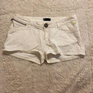 DC White Shorts Size 28